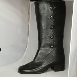 Vintage Round toe stacked heels lined boots 6 EEE